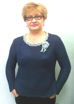 Пуловер, связанный платочной вязкой