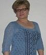 голубой пуловер с ажурной полосой