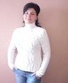 белый пуловер с рукавами в резинку